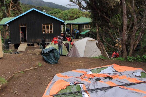 mweka-hut-camps